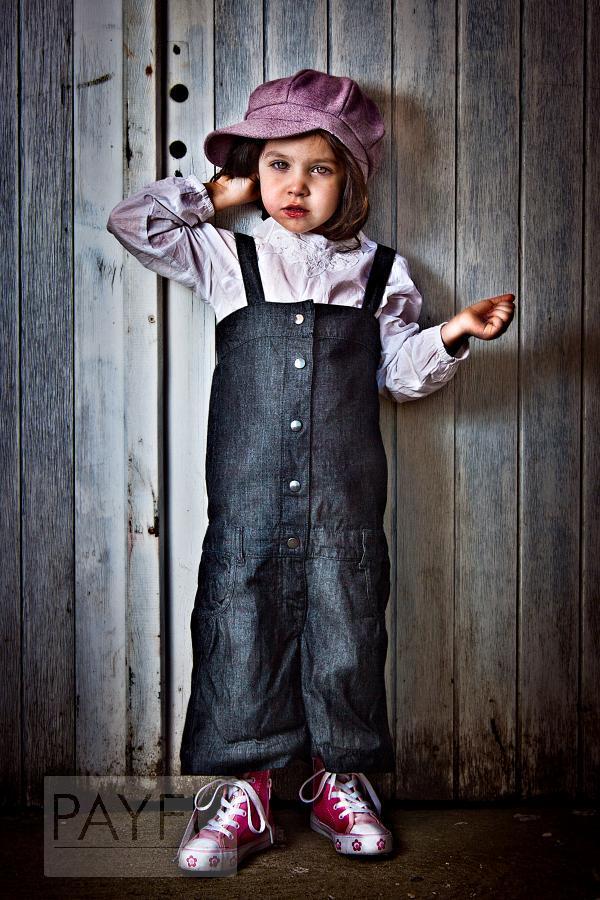 portrait enfant fille lilia vagabond kid converse