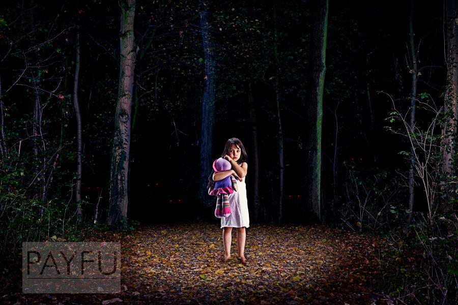 cauchemar perdu dans les bois lilia enfant triste poupée