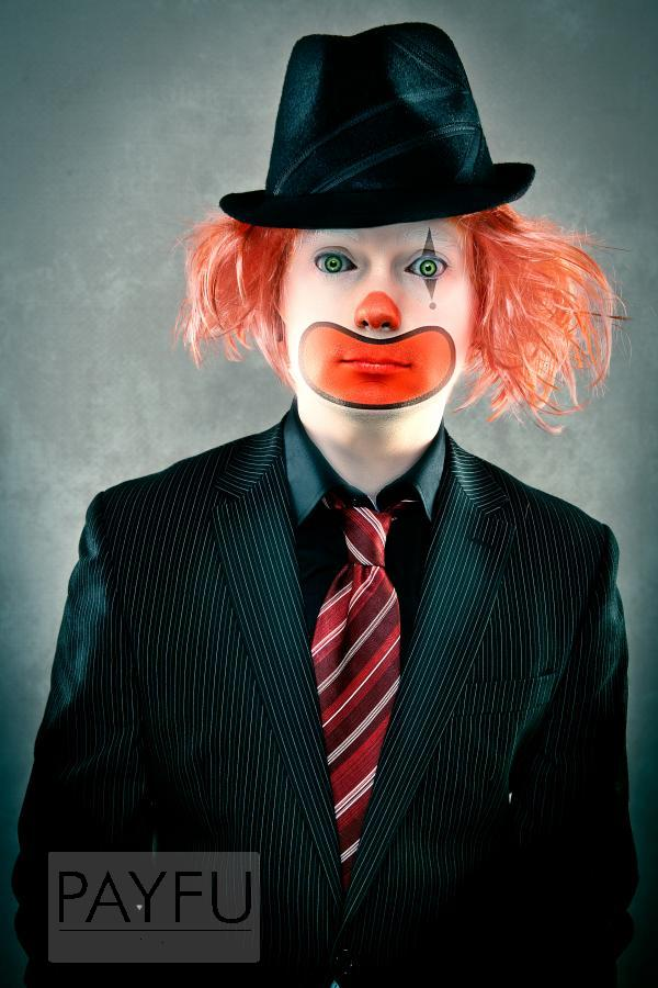 portrait homme clown glauque inquiétant coulrophobie peur